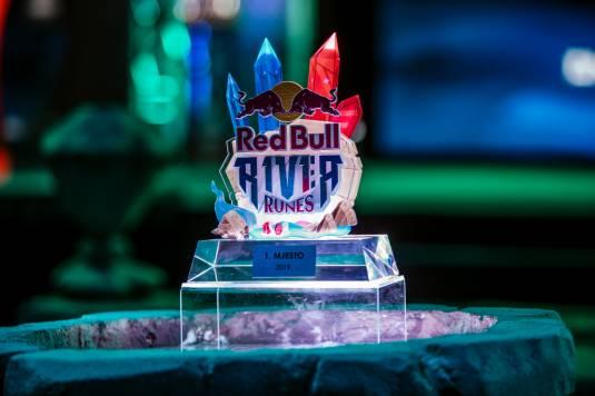 Red Bull R1v1r Runes приходит в Россию